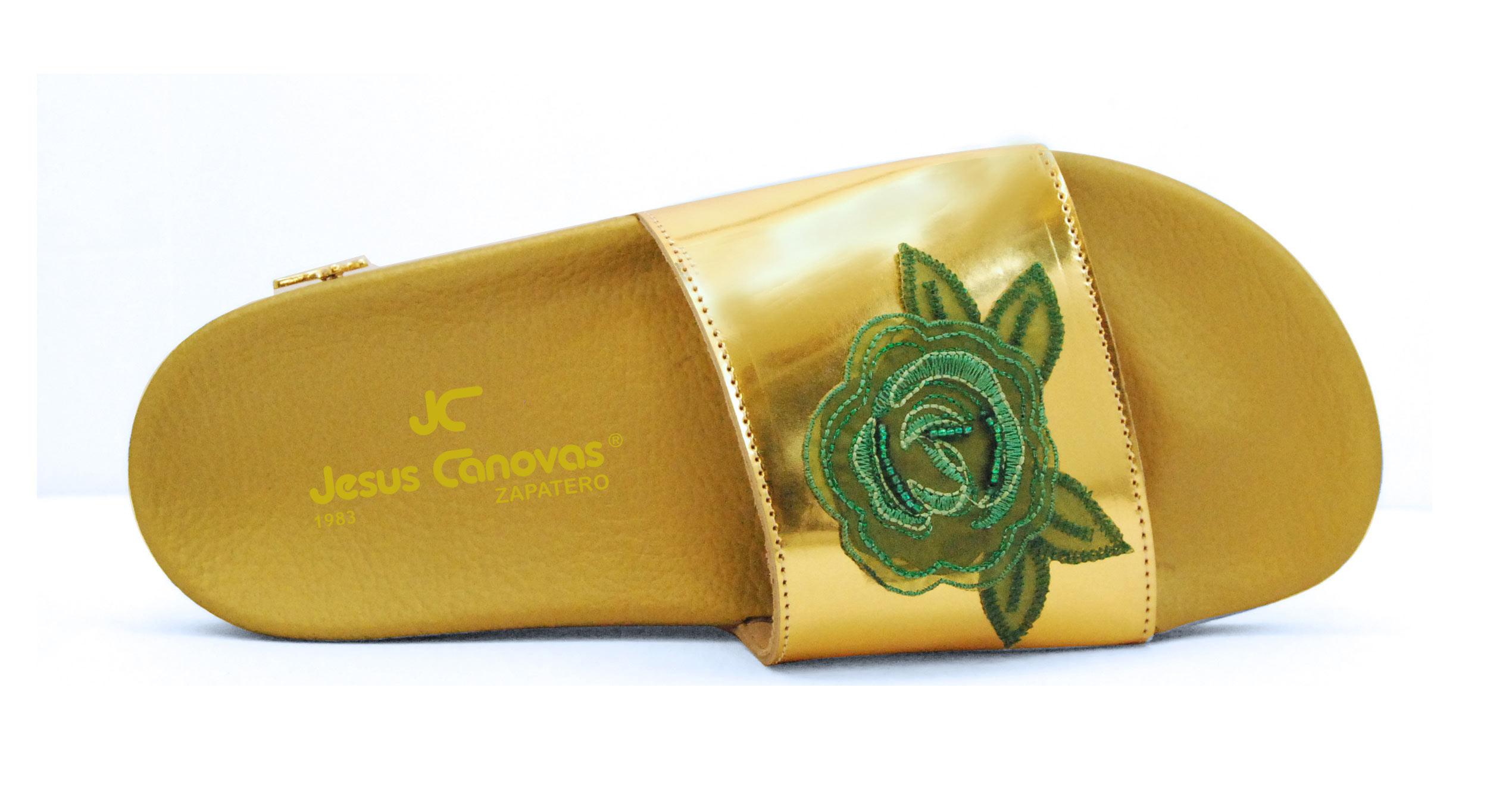 Foto 2 de Chancla dorada pala flor verde