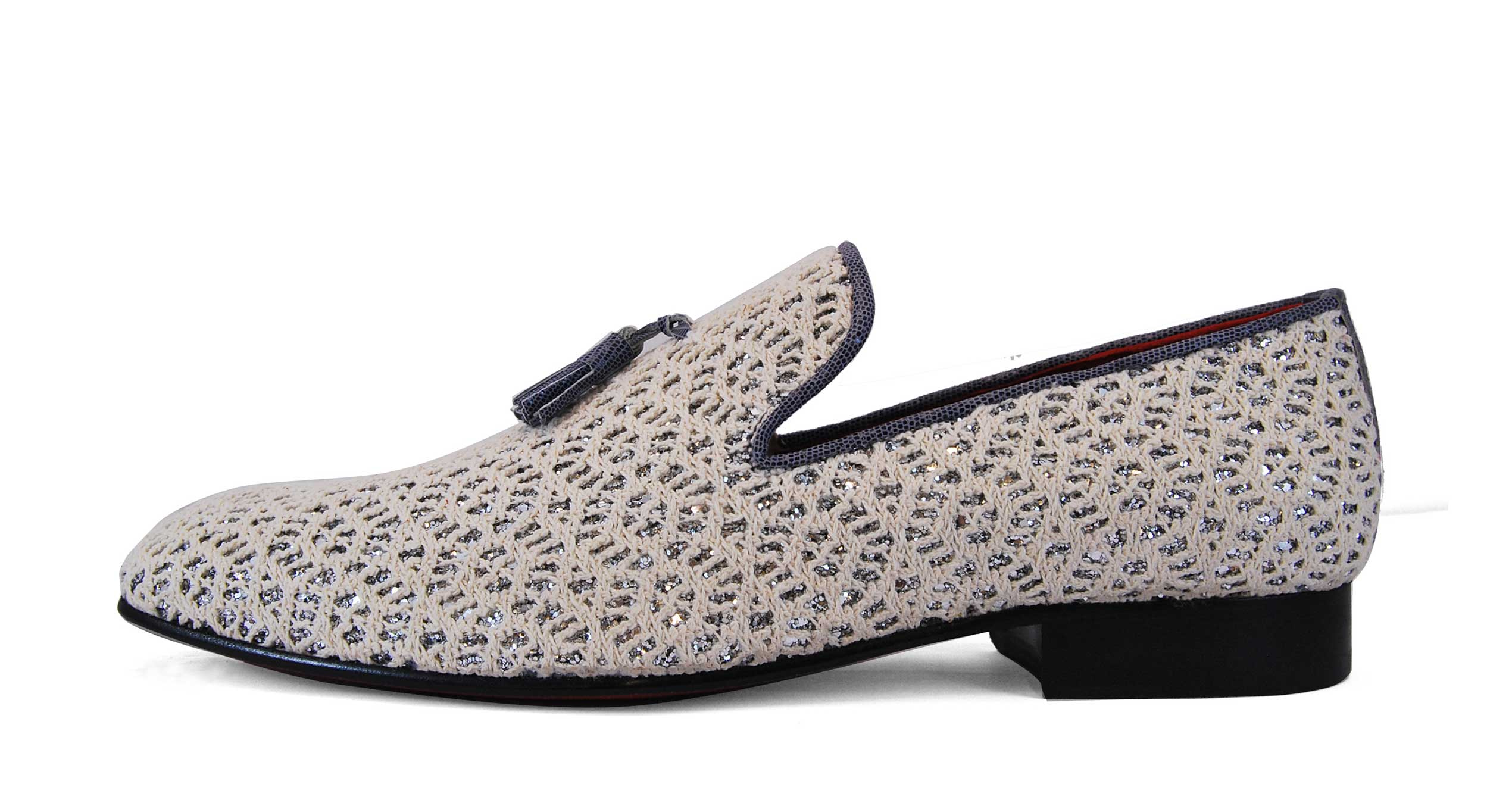 Foto 1 de Zapato Blanco Con Borla Cuero