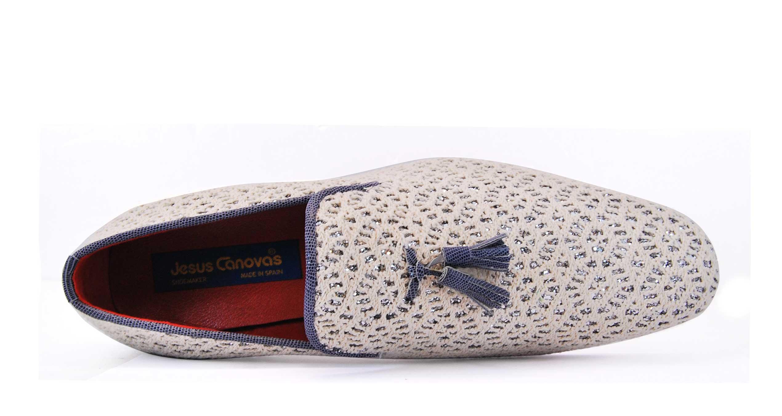 Foto 2 de Zapato Blanco Con Borla Cuero