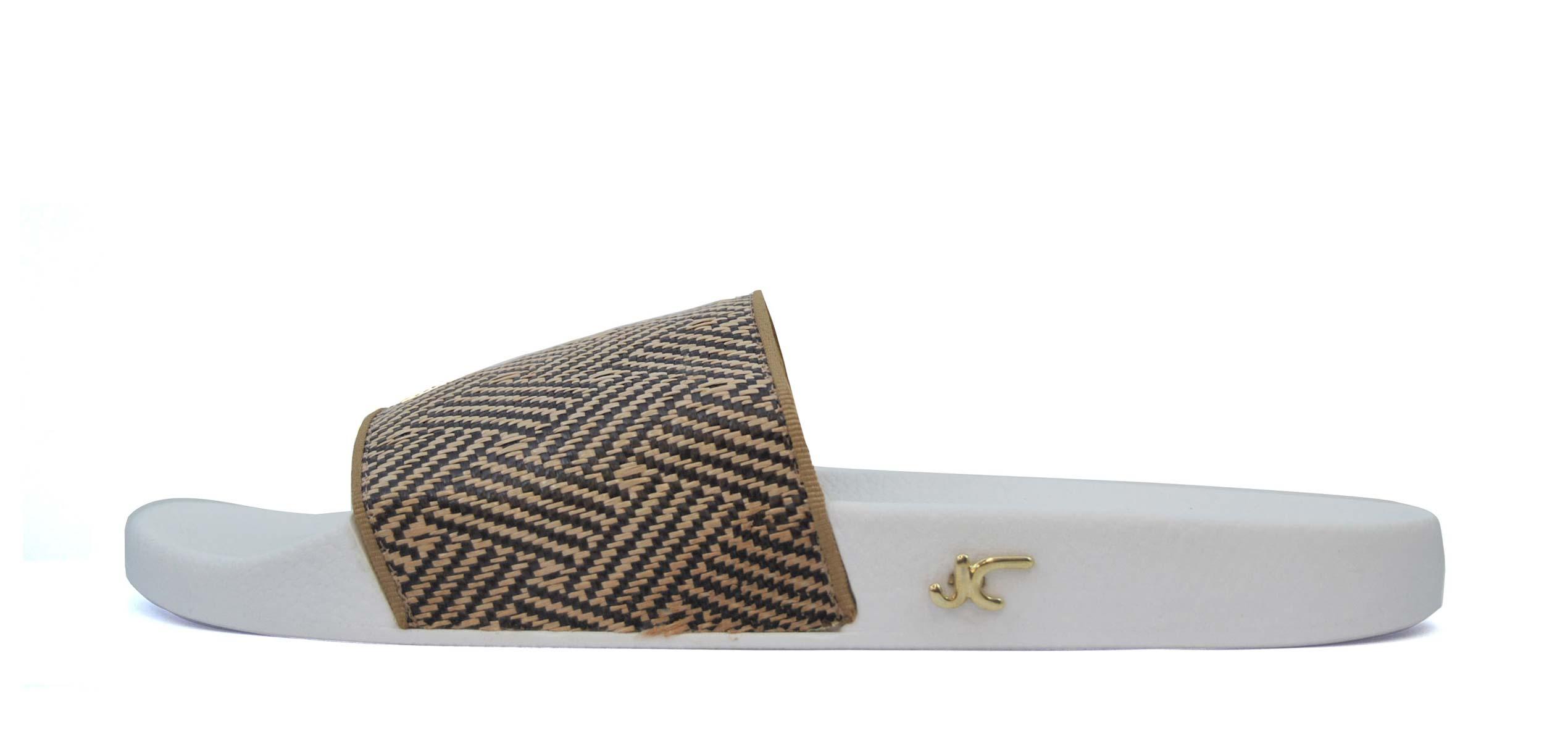 Foto 1 de Chancla blanca con pala espiga cruzada marron