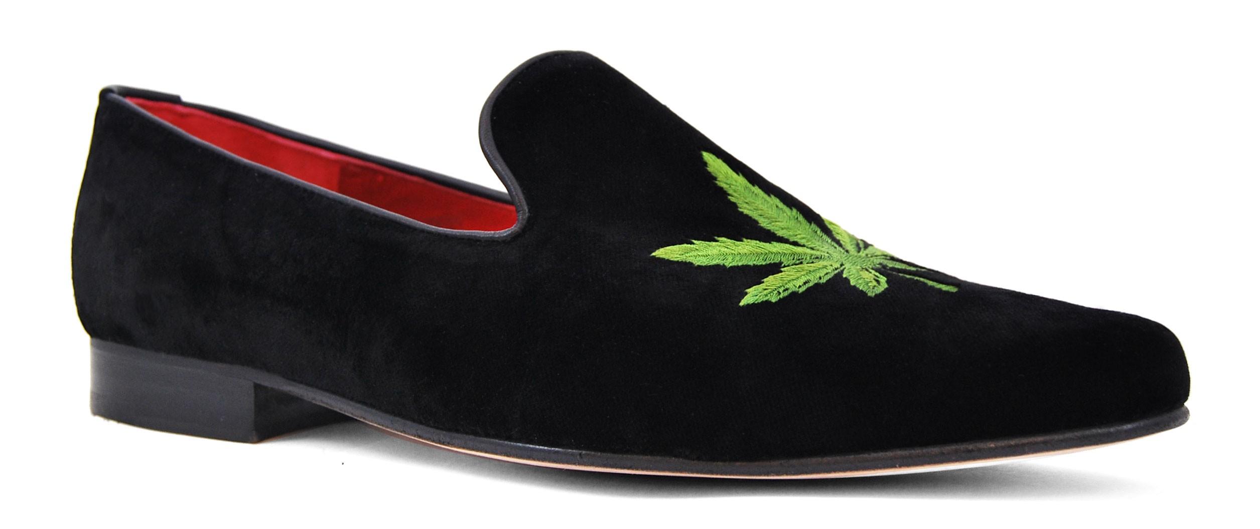 Foto 4 de Velvet Slippers Cannabis Hoja