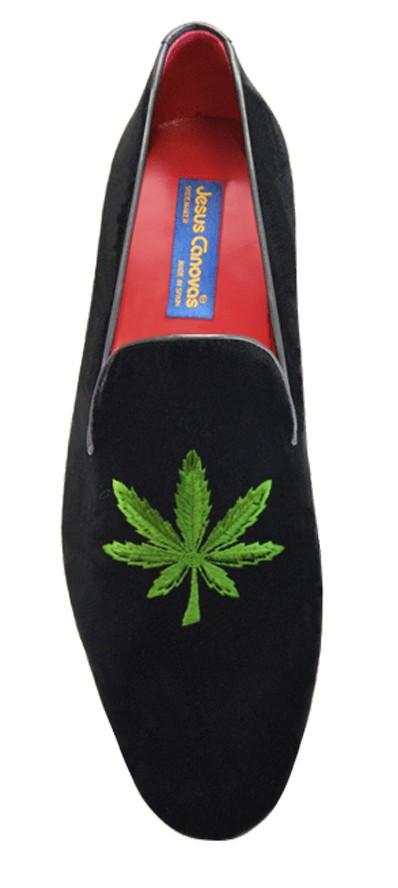 Foto 1 de Velvet Slippers Cannabis Hoja